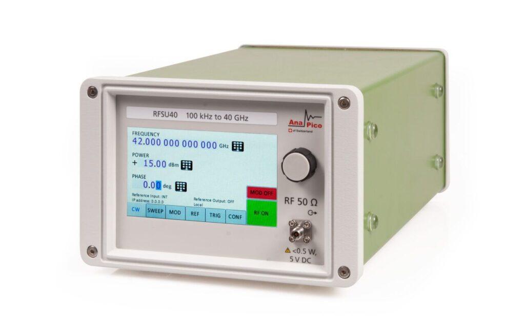 Генератор сигналов RFSU40, от 8 кГц до 40 ГГц, Гармоники -50 дБн